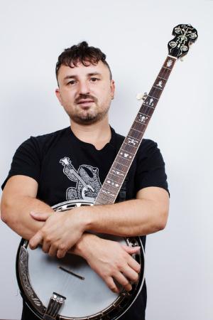 Sam Garrard - Banjo and Guitar